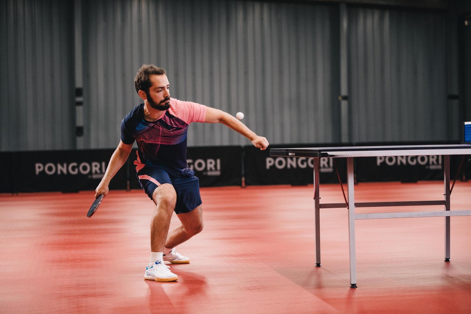 Plakat turnieju Andrzejkowy turniej tenisa stołowego w Warszawie